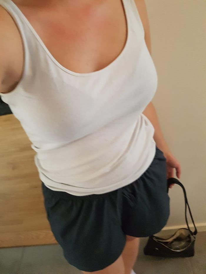 mörkblåa shorts